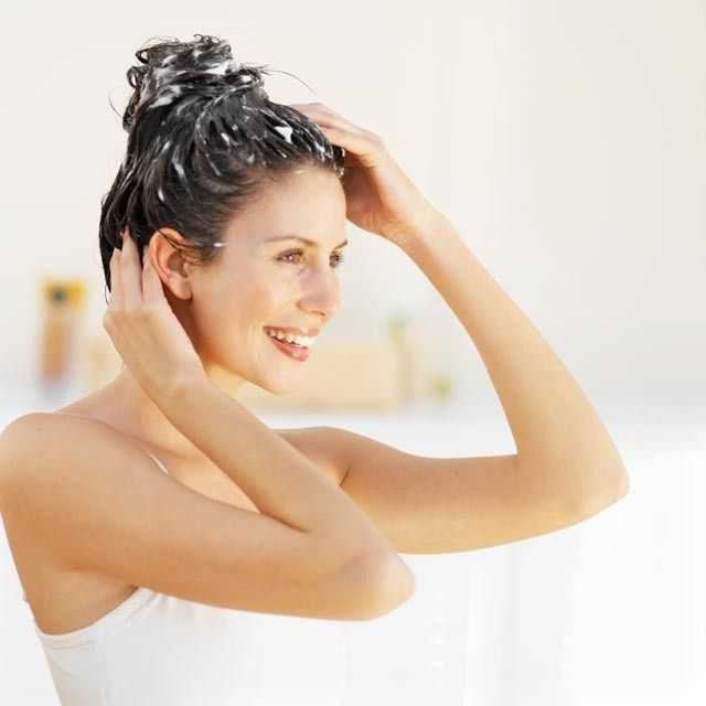 А ви знаєте, скільки разів на тиждень потрібно мити голову?