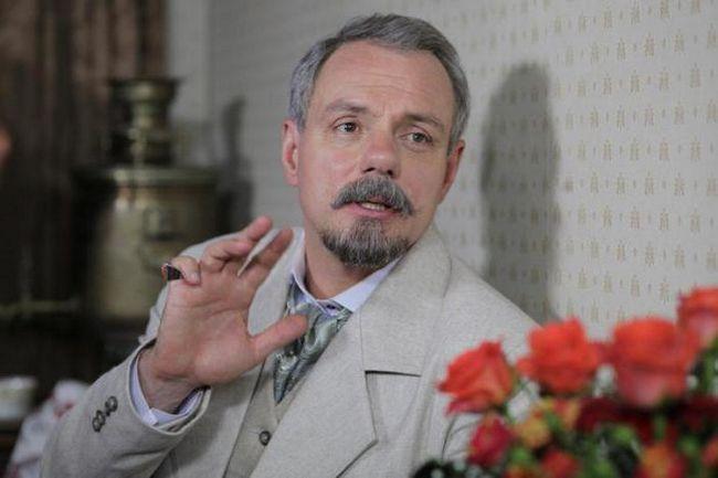 актор олександр Мохов