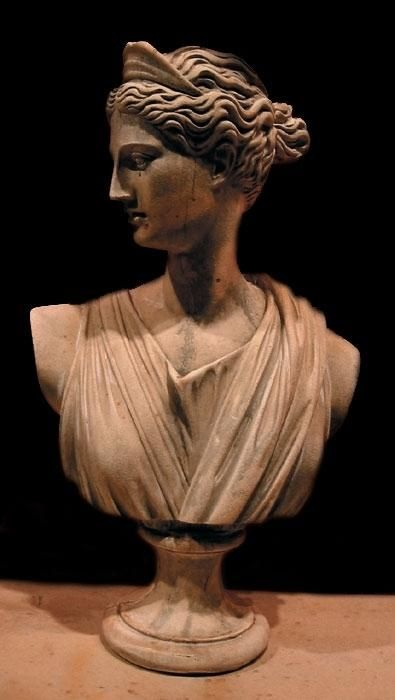 Артеміда богиня