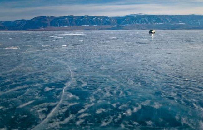 найглибше озеро на заемле