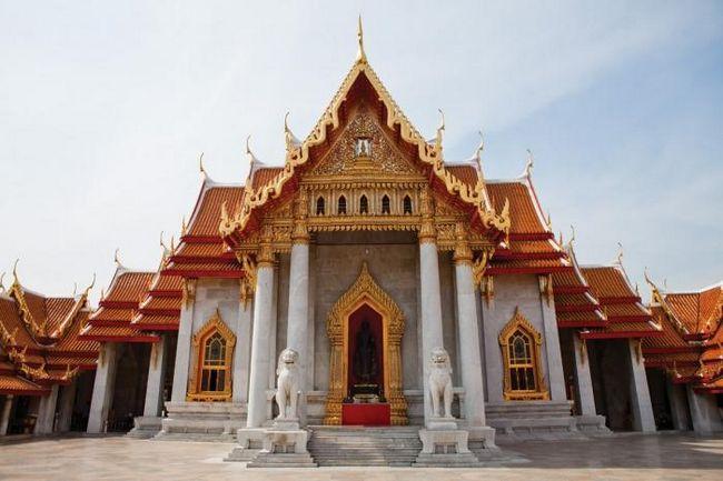 Буддійські храми південній азії і правила поведінки в них