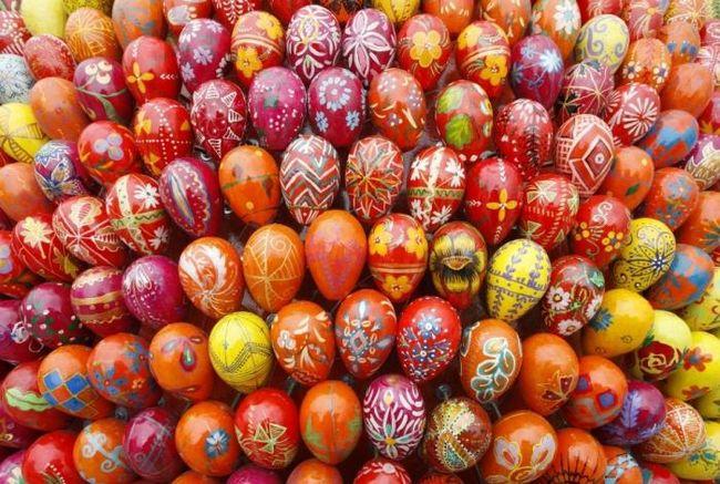 Чим фарбувати яйця? Підключаємо фантазію!
