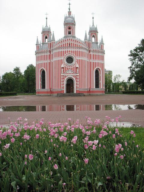 Чесменская церква - унікальна архітектурна споруда