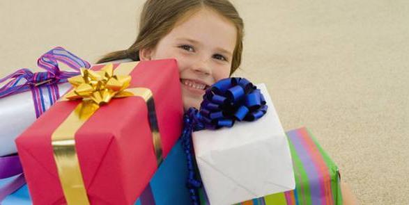 Що подарувати дівчинці на 7 років?