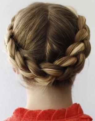 Довга коса - дівоча краса: корзинка - зачіска на всі випадки життя