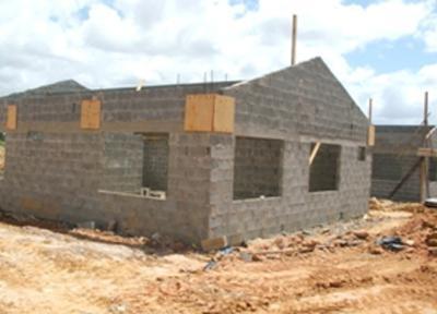 Будинок з керамзитобетонних блоків: перевага матеріалу і особливості зведення стін