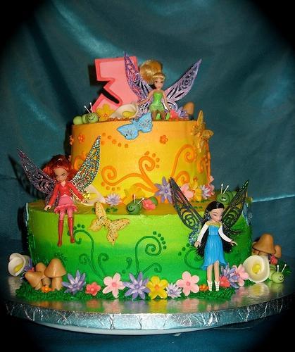 Фруктово-ванільний дитячий торт: рецепт приготування