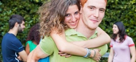 Гороскоп. Сумісність: жінка водолій - чоловік блізнеци- а також жінка близнюки і чоловік водолій