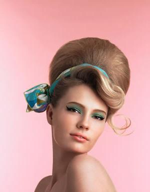 Історія зачісок, що прикрашають жінок