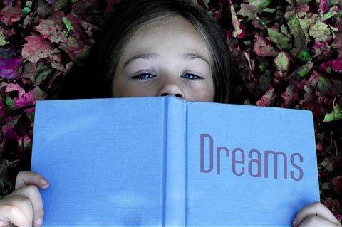 До чого сниться померлий чоловік? До зміни погоди або до змін у житті?