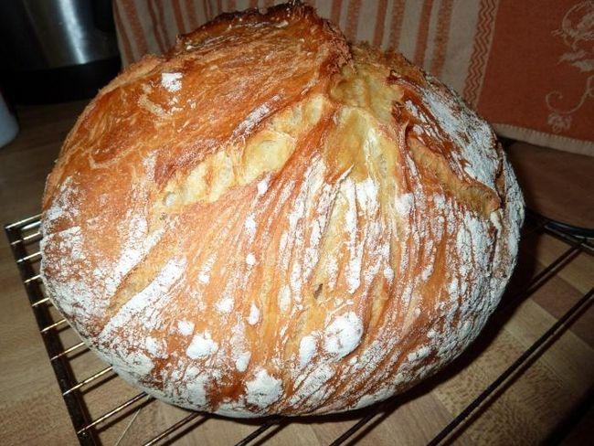 Як спекти хліб в мультиварці просто і смачно?