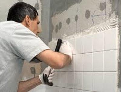 Як кладуть плитку у ванних кімнатах