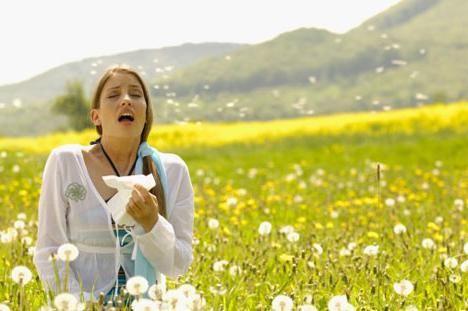 Як полегшити стан людей, які страждають на алергічний риніт? Профілактика і лікування