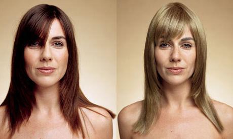 Як перефарбуватися з блондинки в брюнетку? Секрети перукаря