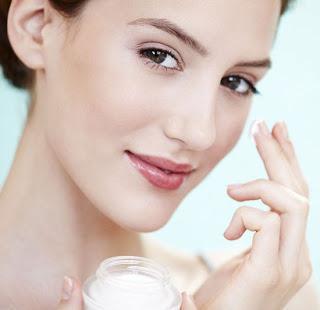 Як підібрати крем для обличчя після 30