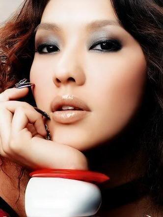 Як правильно зробити макіяж для азіаток
