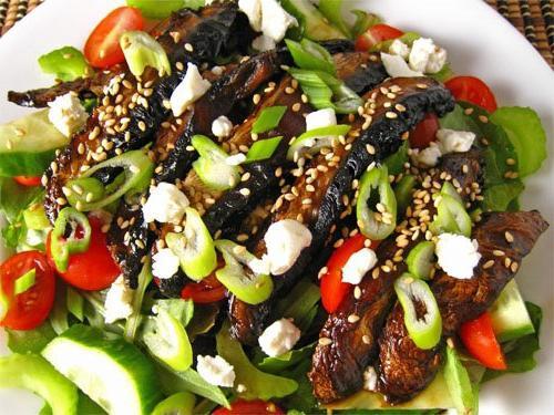 Як приготувати грибний салат