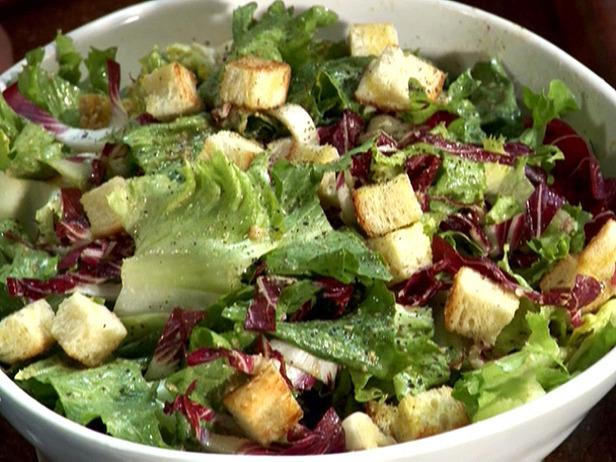 Як приготувати класичний салат «цезар»