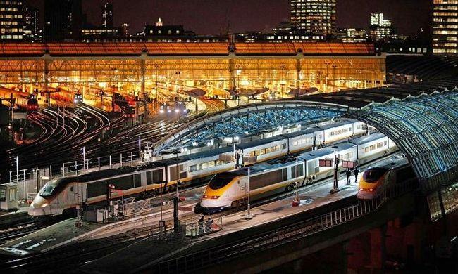 Як придбати і як здати квиток на поїзд?