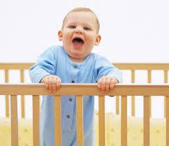 Як привчити дитину спати в своєму ліжечку. Декілька порад