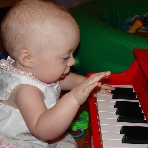 Як розвинути логічне мислення у дитини за допомогою навчання музиці