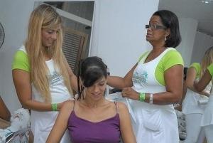 Як зробити змивку волосся в домашніх умовах