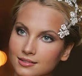 Як зробити весільний макіяж самостійно