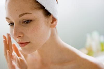 Як звужувати пори і не нашкодити шкірі?