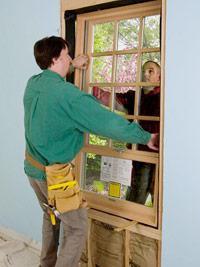 Як встановити пластикові вікна в дерев`яний будинок: поради початківцям дачникам