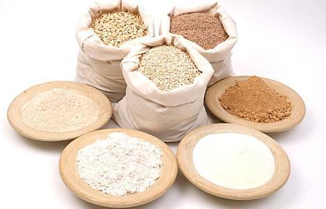 Як дізнатися: скільки грам борошна в столовій ложці