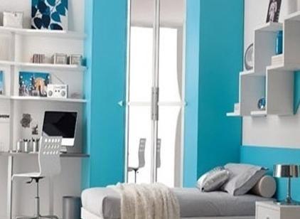Який колір поєднується з блакитним і фіолетовим в домашньому інтер`єрі?
