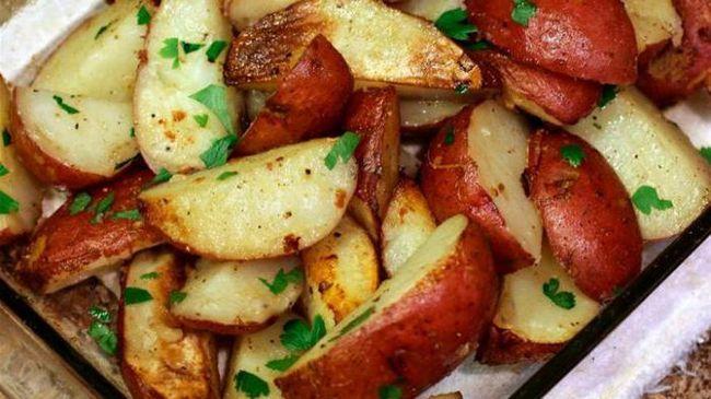 насіннєву картоплю Любава опис сорту