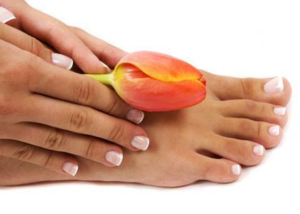 Лікарський засіб «лоцерил» (лак для нігтів) при грибкових захворюваннях нігтьових пластин
