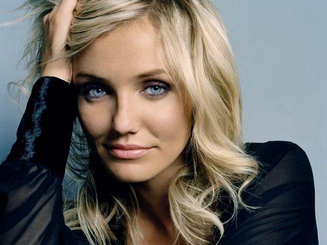 блондинки з блакитними очима макіяж