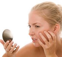 Дрібні прищики на обличчі: основні причини появи і лікування