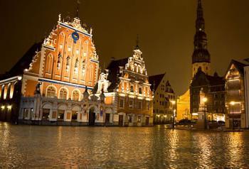 Багатолика європа. Шість місць, де можна недорого відпочити за кордоном