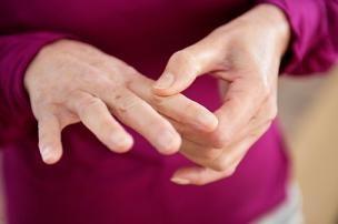 Чому з`являється оніміння рук по ночах і небезпечно це