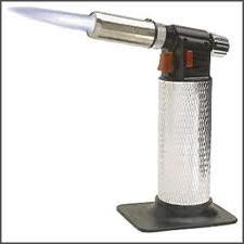 Паяльна лампа: застосування і характеристики