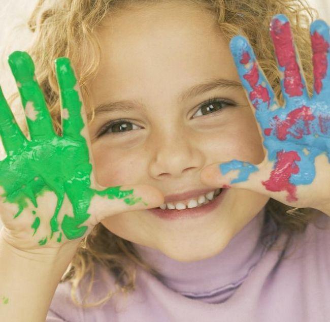 Пальчикові фарби для малюків - підмога юним художникам