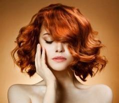 Чому випадає волосся у жінок? Причини