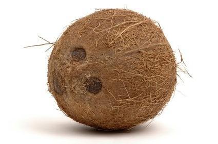 Корисні поради: як обробляти кокос