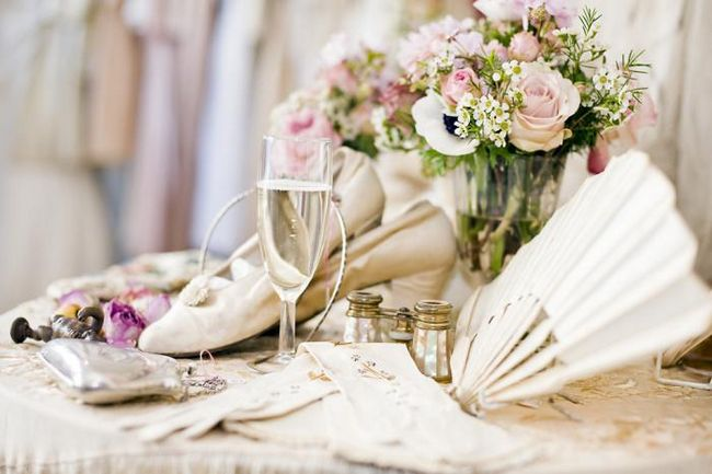 підготовка до весілля чужий