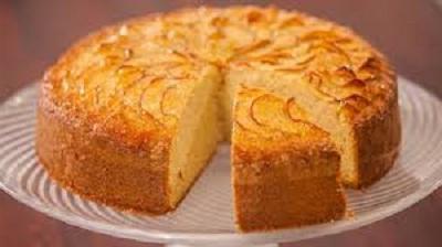 Простий рецепт пирога до чаю - швидко і смачно!