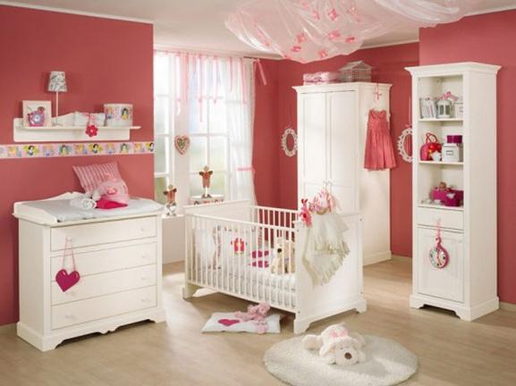 дитяче ліжечко для новонародженого