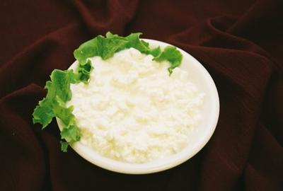Рецепт домашнього сиру з сиру: тішимо близьких і гостей