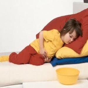 Блювота у дітей: лікування вдома або в стаціонарі?