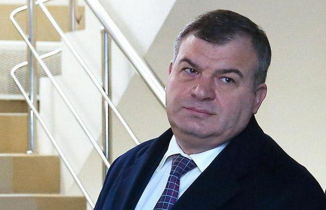 Сердюкова прісвоїлі звання Героя России