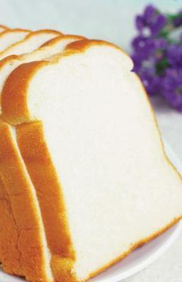 Скільки калорій в білому хлібі і так це погано