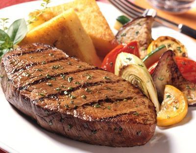 Стейк з яловичини - рецепт з ноткою класики