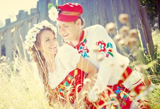 весілля в народному стилі
